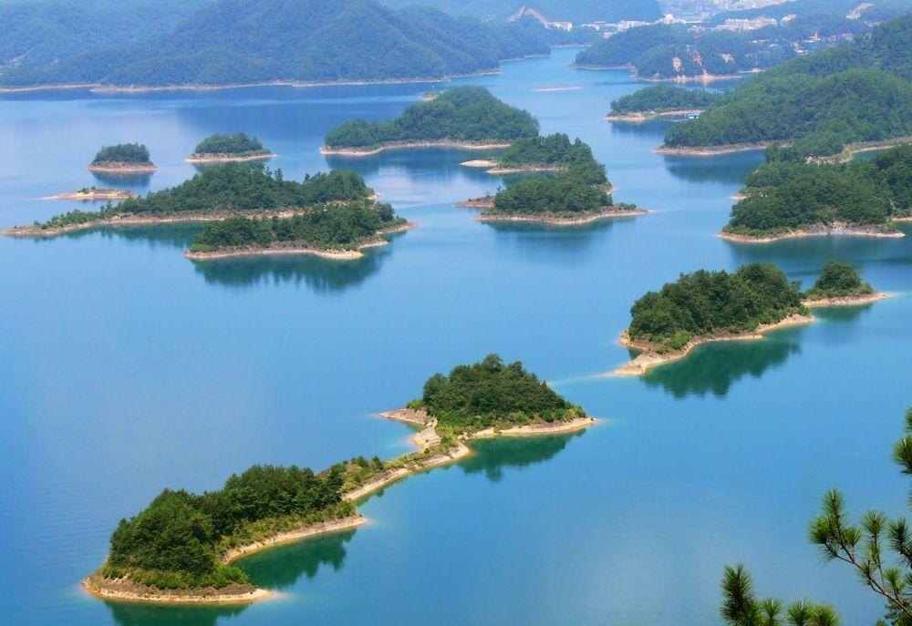 Озеро тысячи островов в Ханчжоу