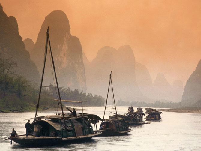 Лодки на реке Лицзян